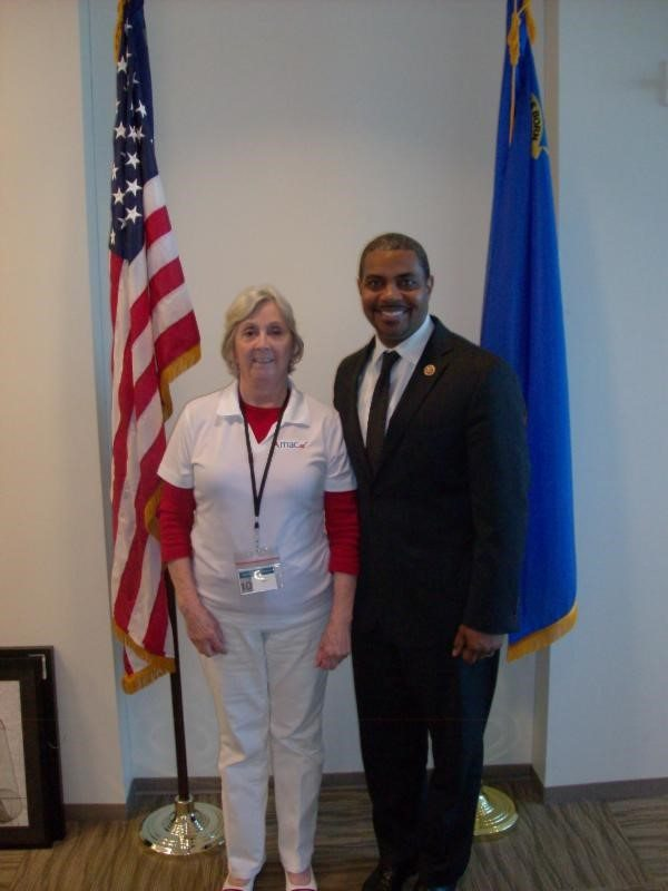 AMAC Delegate Judy Smith (L) with Rep. Steven Horsford (R)