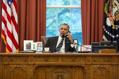 800px-Barack_Obama_on_the_telephone_with_Hassan_Rouhani wiki media