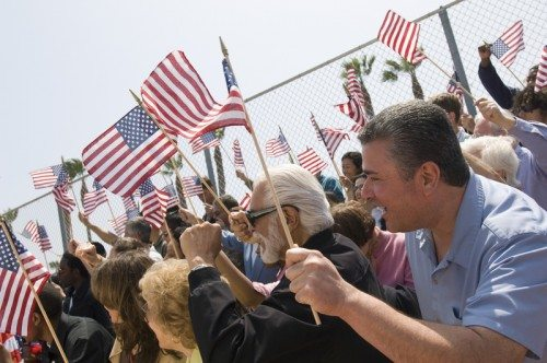 american-rally-crowd-flag